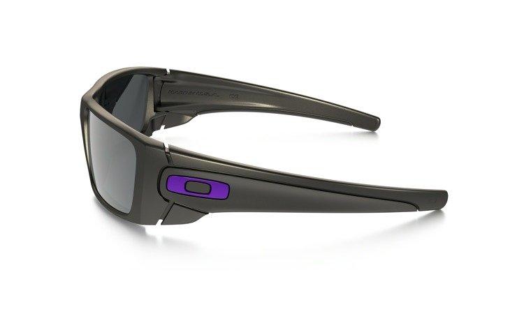 b582933c74 ... Oakley Sunglasses SPECIAL EDITION FERRARI FUEL CELL Carbon Camo/Black  Iridium OO9096-A6 ...