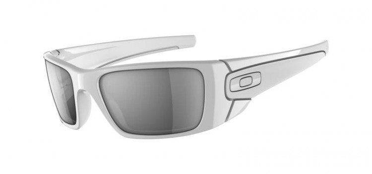 480435539 Oakley Sunglasses FUEL CELL Polished White/Matte White / Black ...