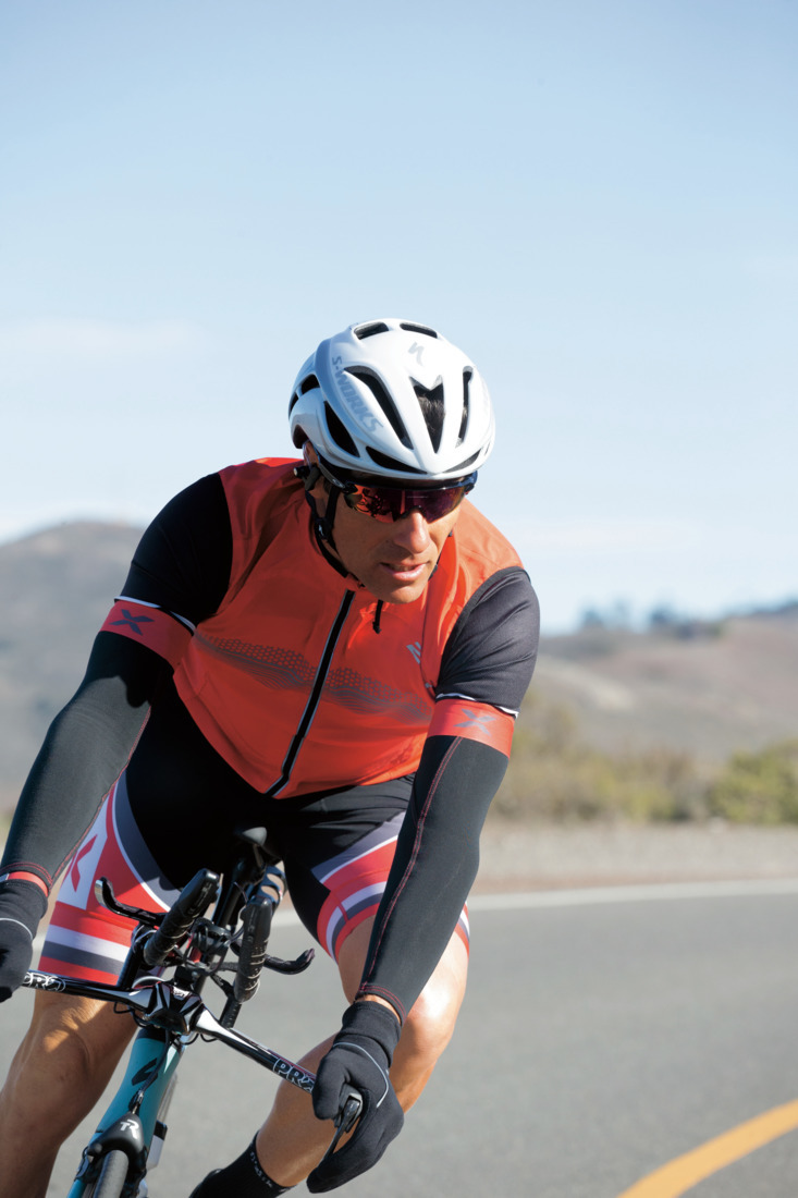 Both tests seem Oakley® lenses without reservation. Glasses on a bike must  also be resistant to a mixture of water and mud that gets through from the  tires b19db16c0